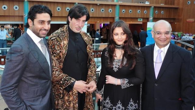 Aishwarya looks stunning in a gorgeous black churidar. She is always classy- and we love that. -  Aishwarya Rai & Abhishek Bachchan @ diabetes charity -london