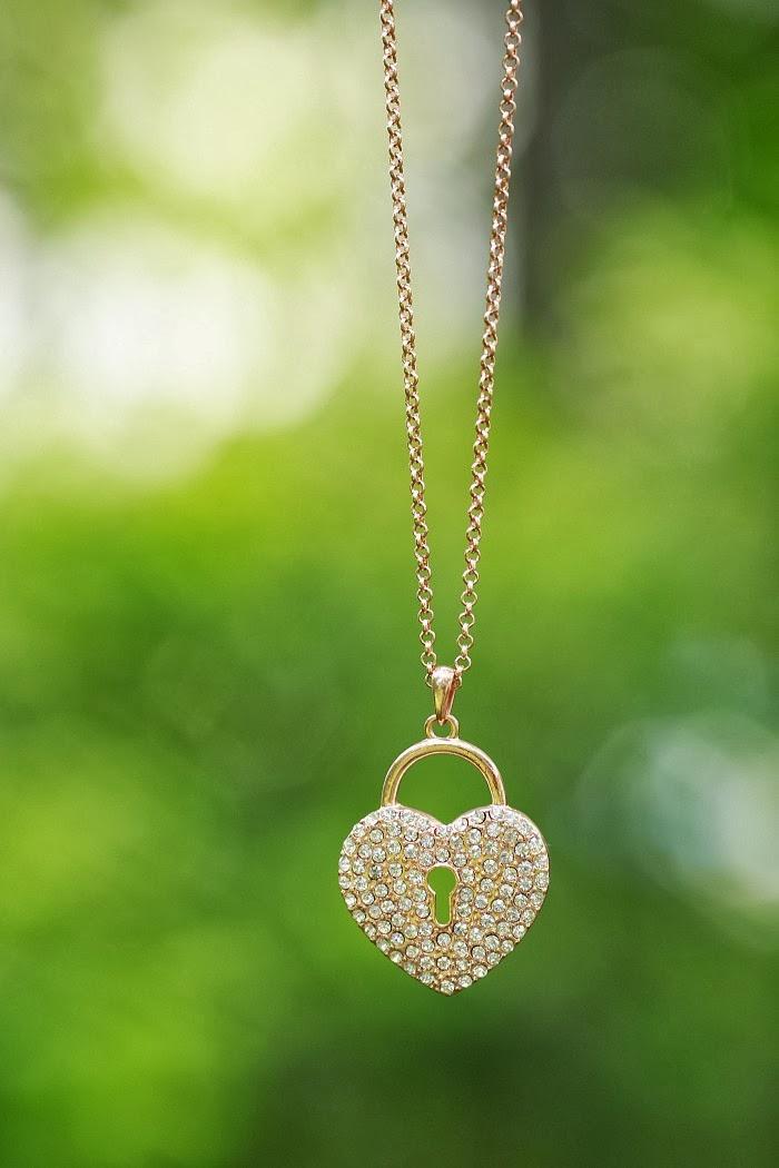 bijou brigitte, zlatý náhrdelník, srdíčko, hearth, gold necklace