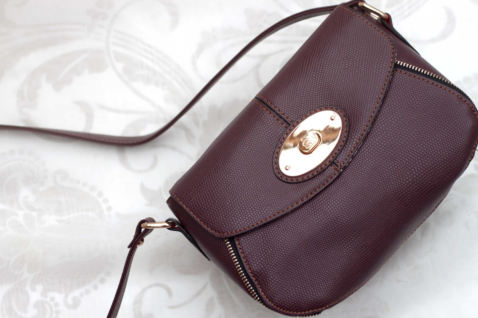 THE MULBERRY DUPE
