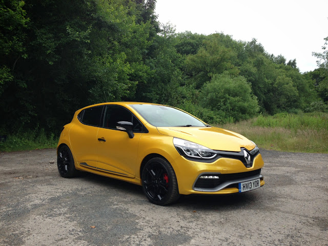 Renaultsport Clio 200 Turbo yellow