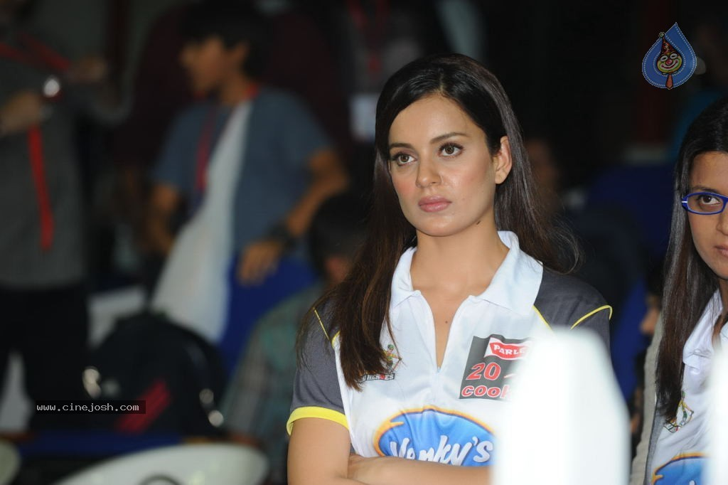 CCL 2 Opening Ceremony - Hot Bollywood Babes