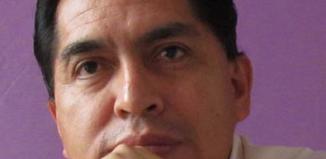 Entre Columnas /// La cínica huelga de hambre. /// POR Martín Quitano Martínez