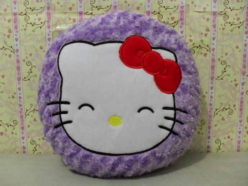 Gambar gratis boneka bantal hello kitty lucu
