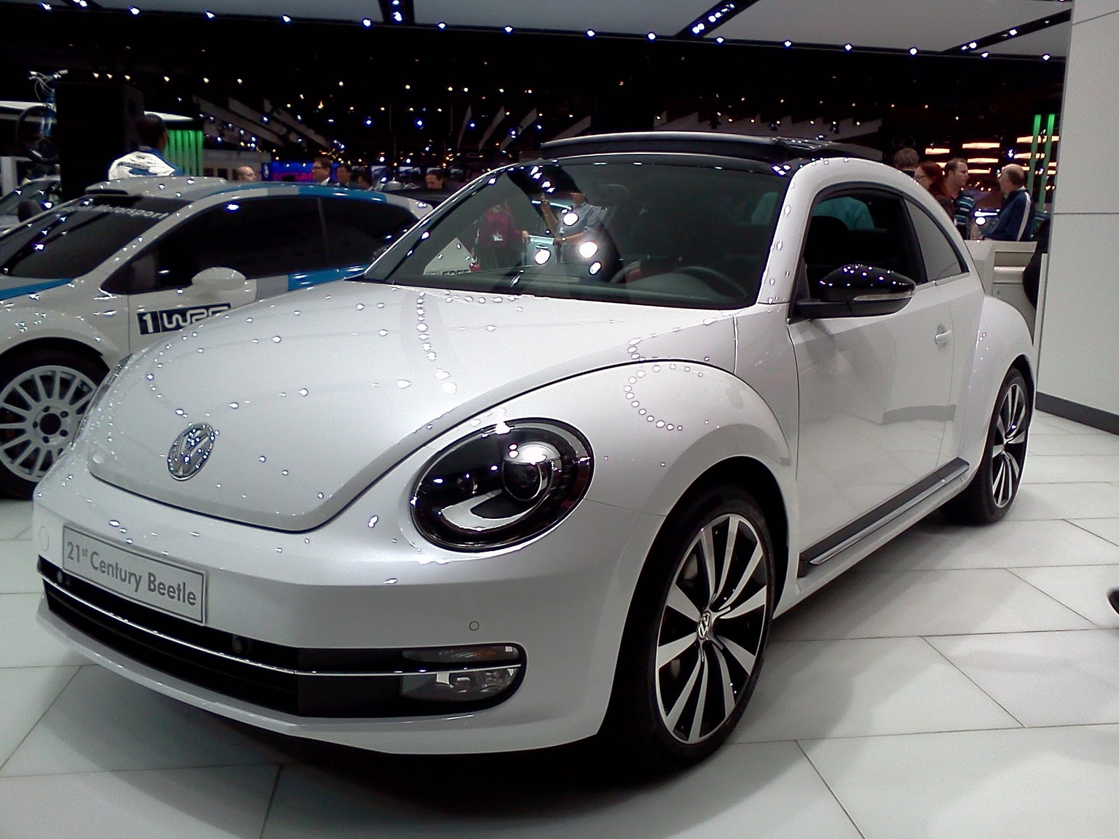 in4ride jims 2011 volkswagen debuts beetle golf cabriolet and go. Black Bedroom Furniture Sets. Home Design Ideas