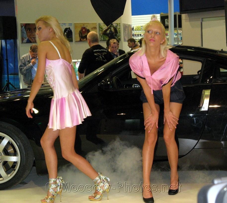 Blonde promotion models at Photoforum - 2008