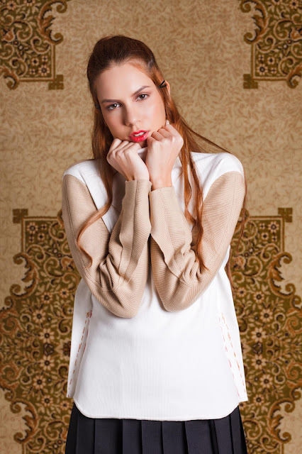 AW 12 blouse white and cream