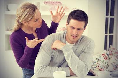 أمور وأشياء لا تفعليها اذا كنتى متزوجة  - زواج فاشل - زوجان يتشاجران - man and woman couple fighting