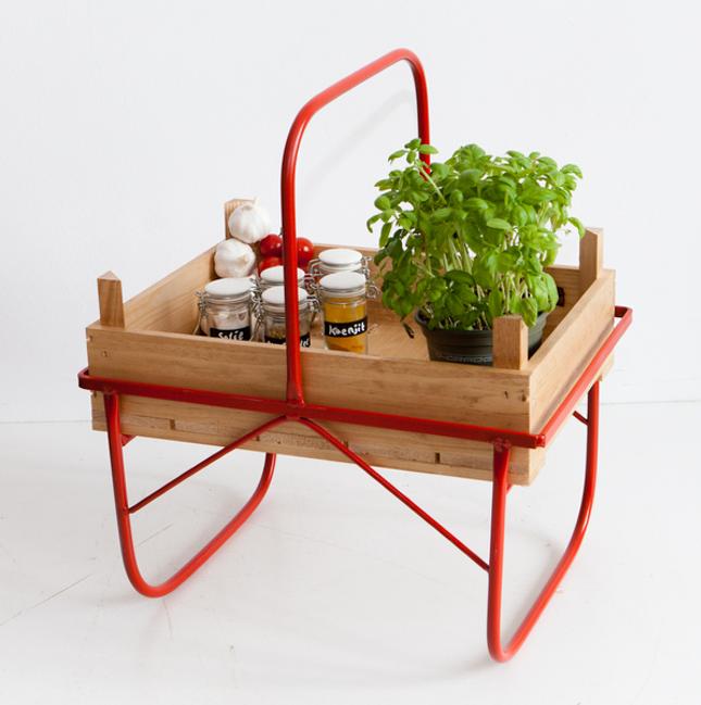 objetos-feitos-com-caixas-de-frutas
