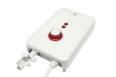 Bình nóng lạnh Electrolux EWE451AX