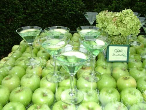 decorar un mesa con manzanas