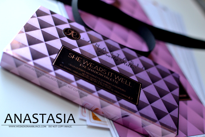 Anastasia Makeup Cosmetics She Wears It Well Eyeshadow Palette beauty blog Reviews Swatches FOTD Looks Neutral Nude Office Wear