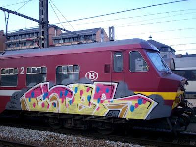 graffiti ENER - DILS HAIS FLIKE