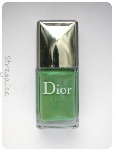 Dior Waterlily bottle