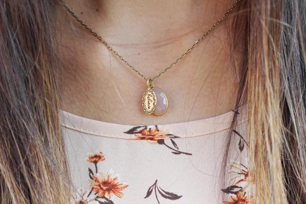 Jessica Lemos jesslemos jess Jenny Present charm gemstone necklace