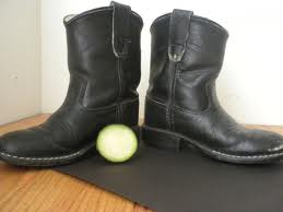 cucumber shoe shine