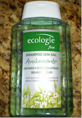 Minha opinião: Achei esse shampoo muito bom, o cheirinho é super agradável, limpa bem o cabelo.  E ainda garantiu brilho. Eu preferi usar esse com chá verde, pois tenho a raiz do cabelo oleosa, mas tem muitos outros e para todos tipos de cabelos. Com certeza um irá agradar você!