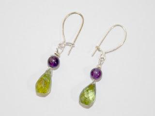 http://www.perles-nature.com/boucles-d-oreilles/1668-boucles-d-oreilles-peridot-et-amethyste-piece-unique.html