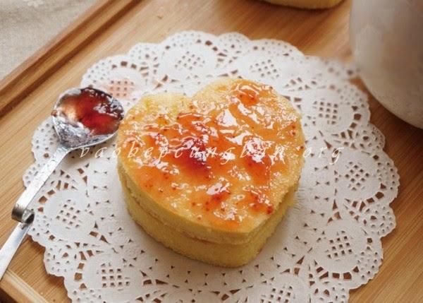 Cách làm bánh Chiffon kẹp mứt hấp dẫn