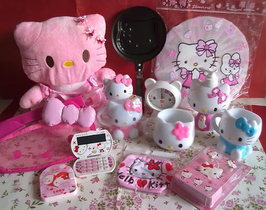 Pernak Pernik Hello Kitty
