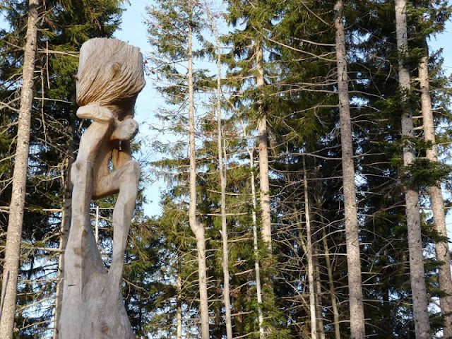 Kunstwanderweg auf dem Blomberg