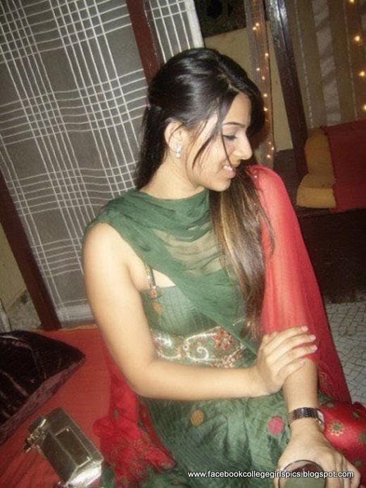Indian-Pakistani Facebook Beautiful College Woman Images ...