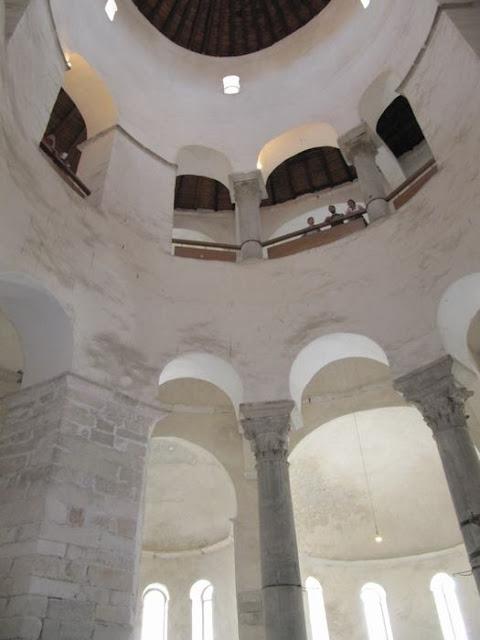 cupula iglesia de San Donato en Zadar