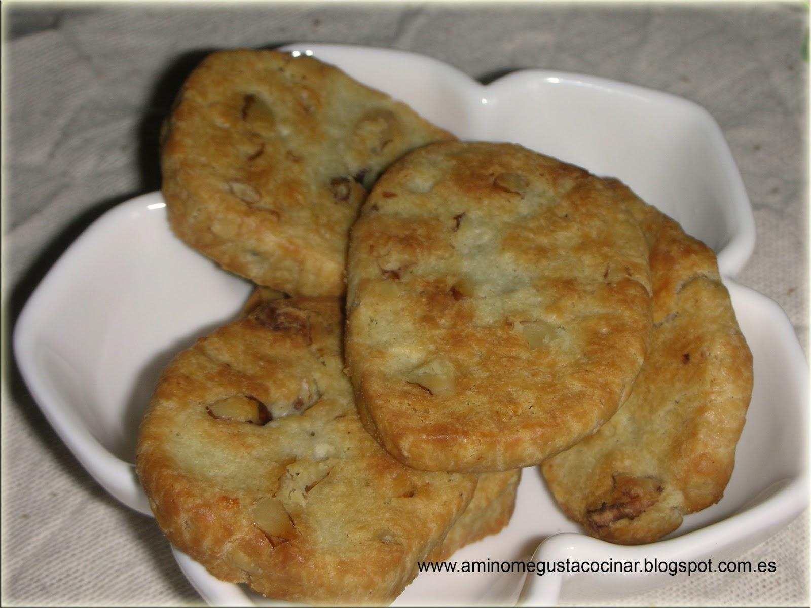 Galletas de queso azul y nueces