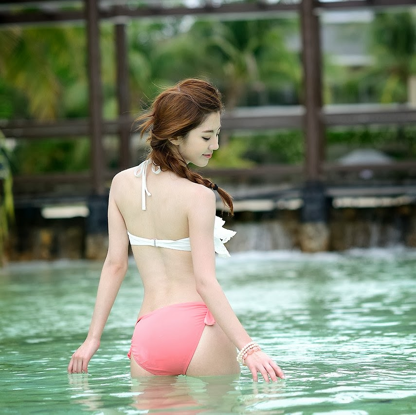 Chae Eun Model Sexy Swimsuit