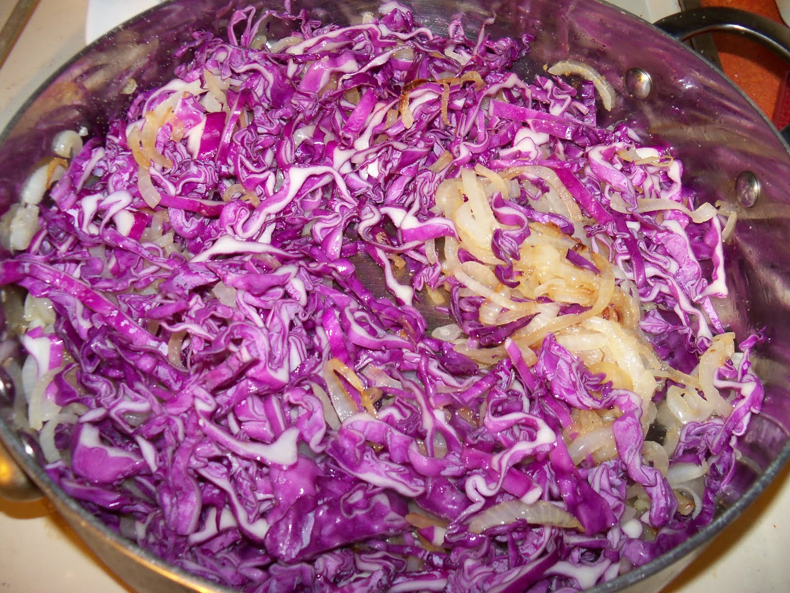how to cook red cabbage with balsamic vinegar