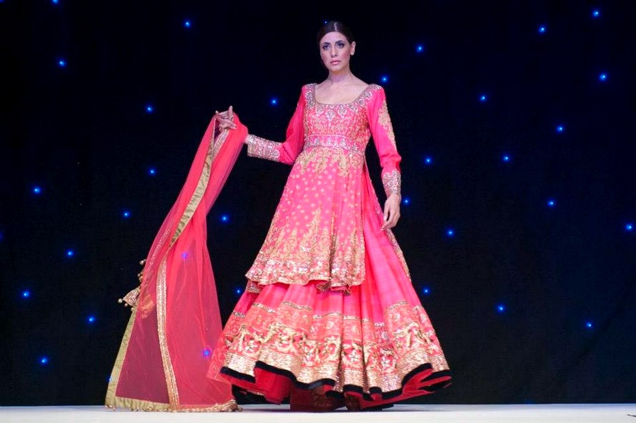manish malhotra london debut show manish malhotra london