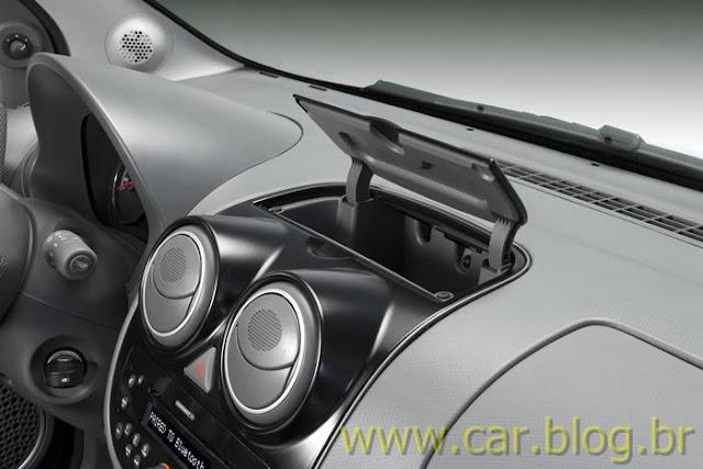 Novo Palio Attractive 1.4 2012 - console central