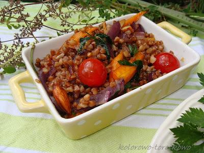 Kasza gryczana z warzywami sezonowymi