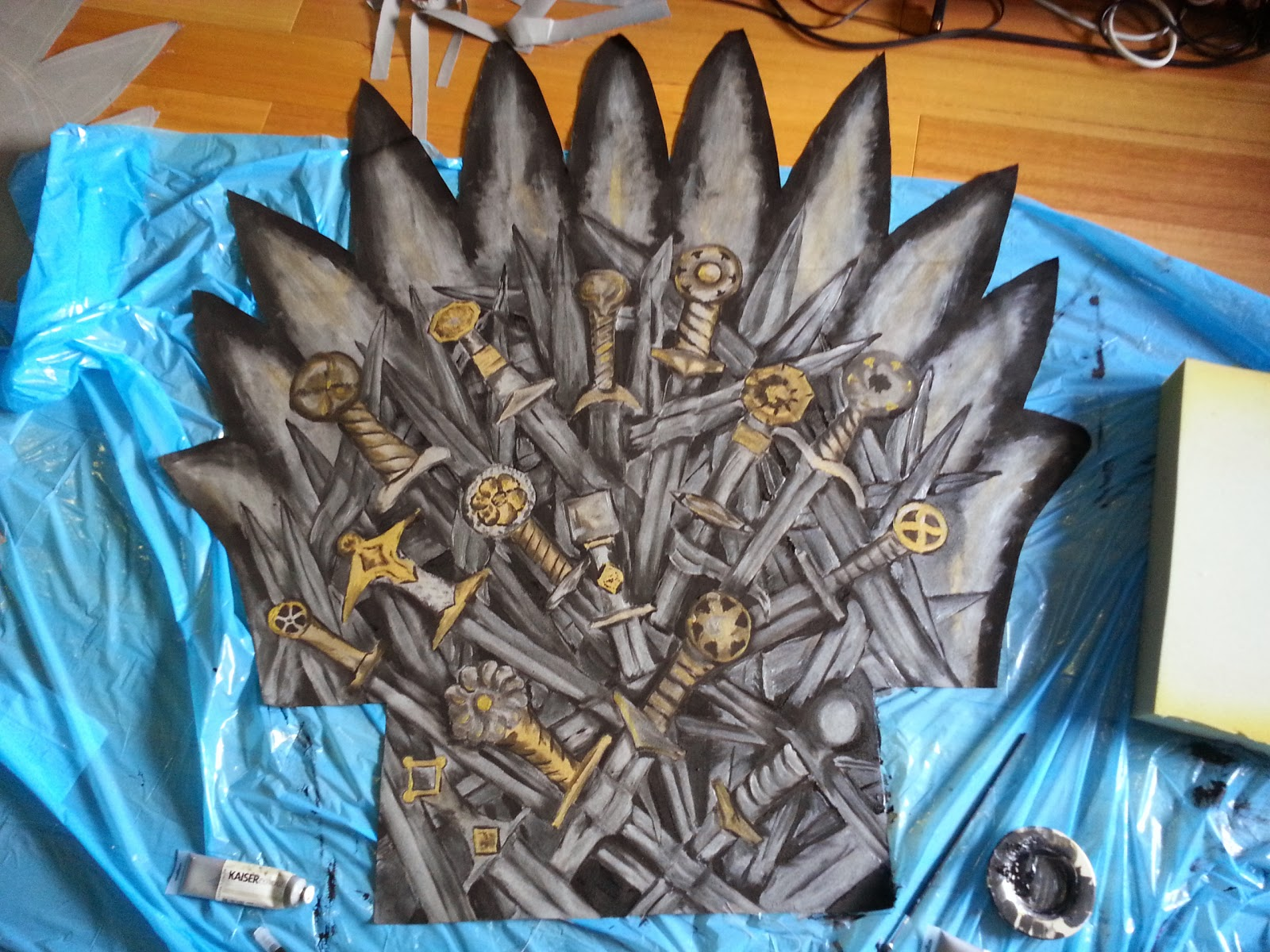 Now Draw The Sword Blades If There Are Still Spots That Arent Covered By Make It Black And Give A Little Silver Shimmer In Centre