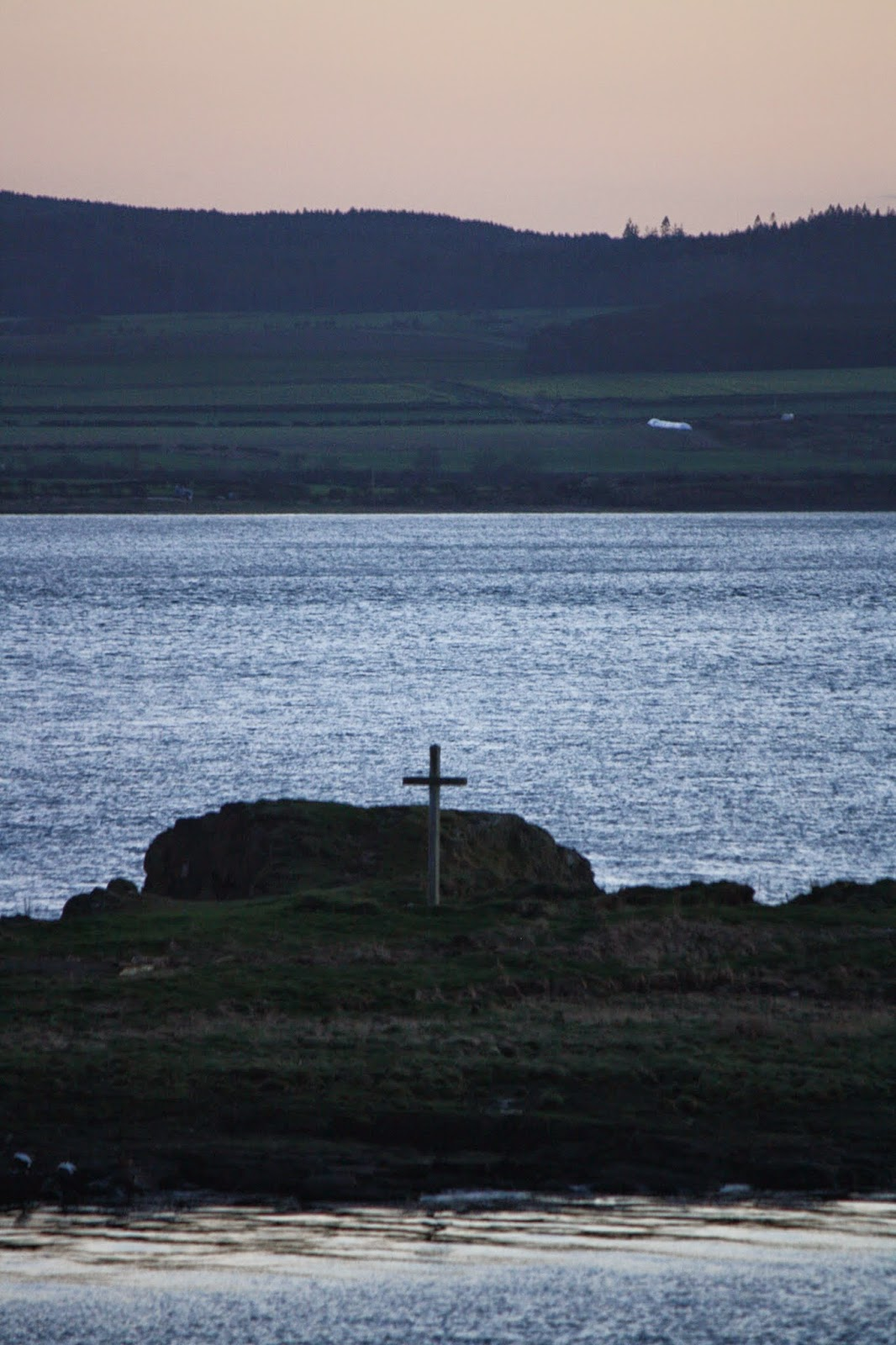 St+Cuthbert's+islet.jpg