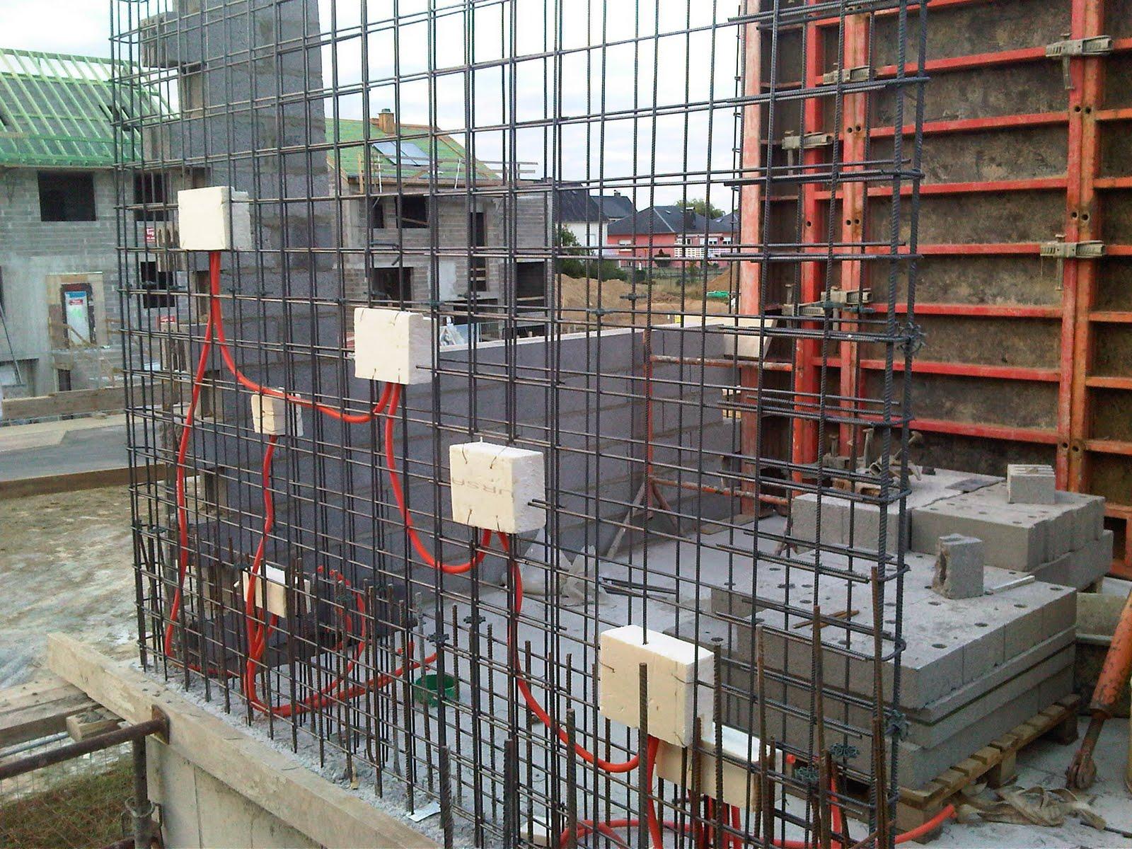 construction maison coffrage des voiles de beton et. Black Bedroom Furniture Sets. Home Design Ideas