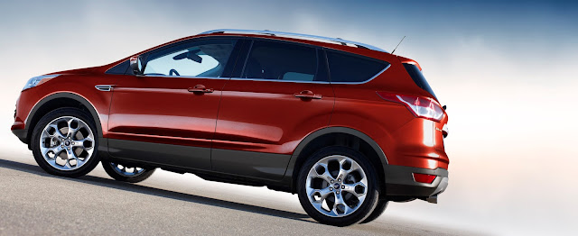 Side view of 2016 Ford Escape Titanium
