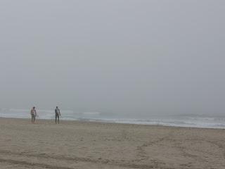 San Diego, CA, USA surfisti impavidi a ottobre