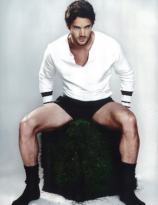 Thom Evans by Cameron McNee for Attitude Magazine-2