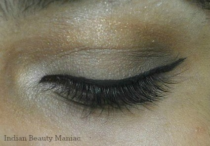 Maybelline New York Expert Eyes Chai Latte Eye Shadow Quad on my eyes