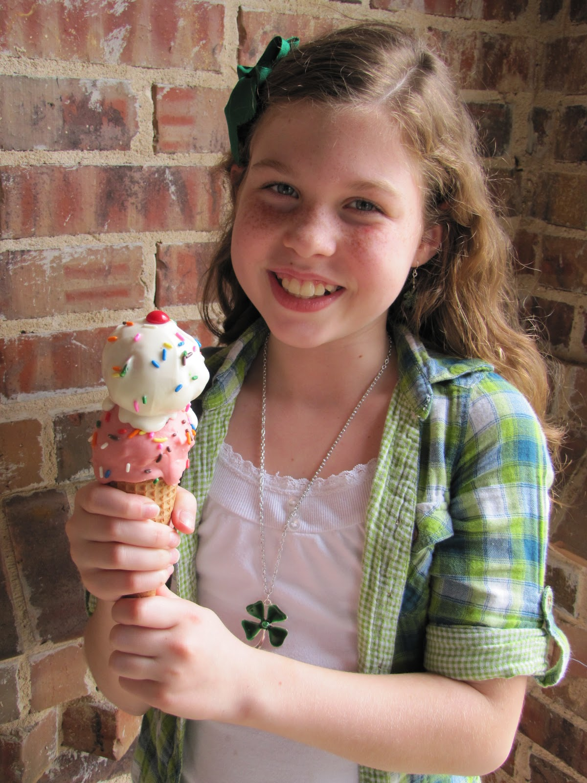 ice cream cone cake pops instructions