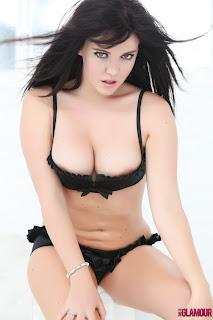 Nina Evans