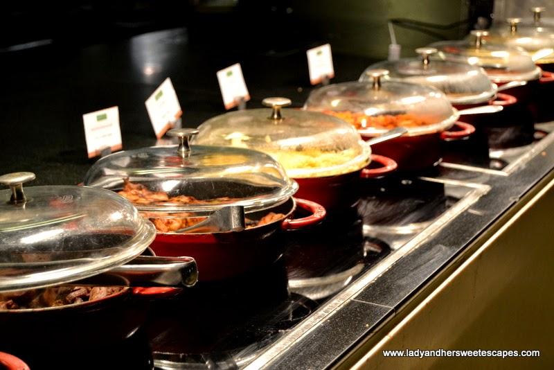 hot dishes at Na3Na3 The Address Dubai Mall