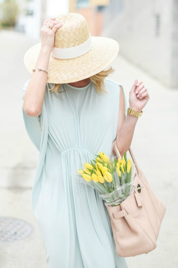 sunhat and dress