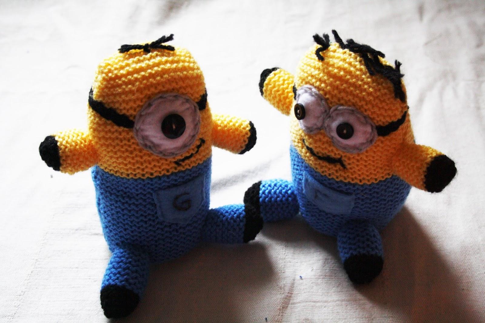 Knitting Pattern Minion Toy : KnitWitsOwls: Smaller Knitted Minions