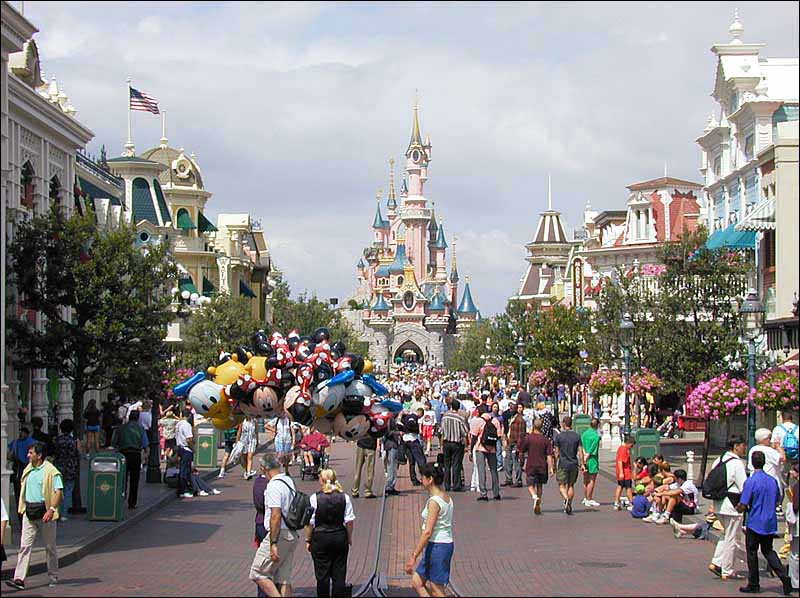 How disneyland paris can make your dreams come true!