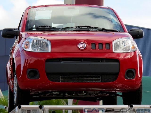 Fiat Uno 2014 vemelho