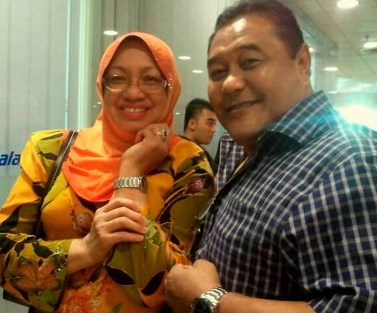 Jaguh bina badan dunia, Datuk Malek Noor telah memilih Dr. Wan Asma
