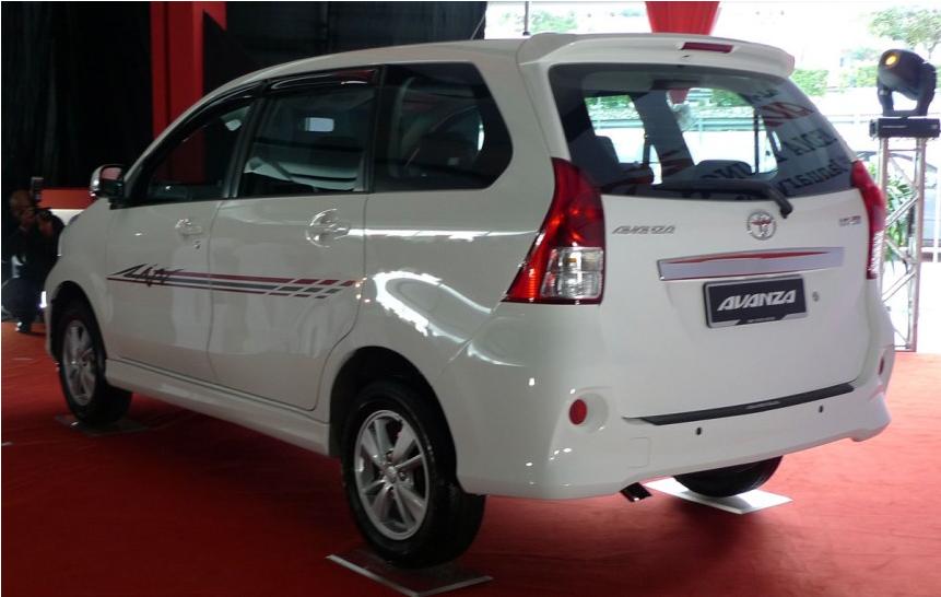 Gambar Toyota MPV Avanza Baru 3
