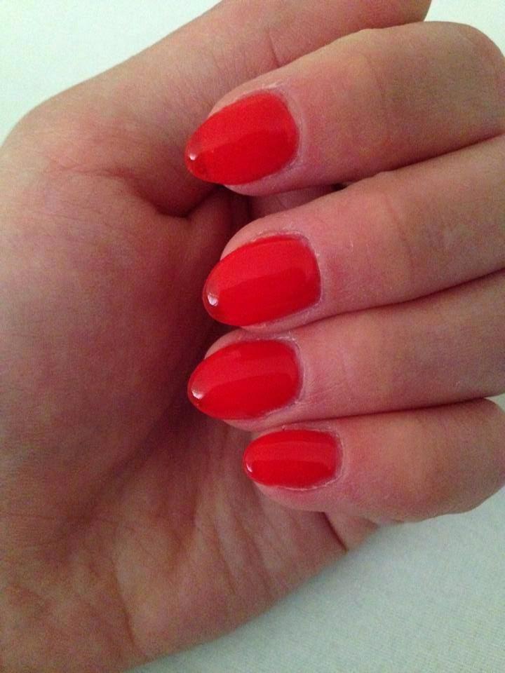 Crystal Kiss Nails by U.K: Short red gel nails