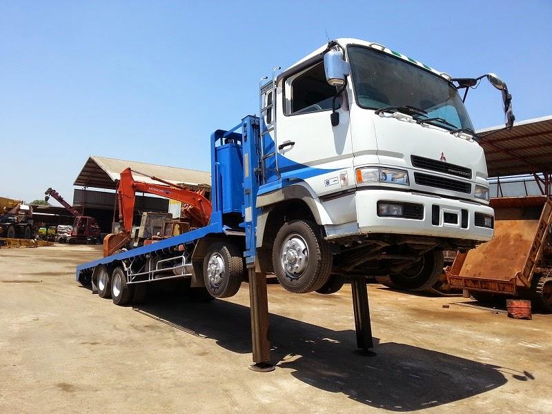 Self-Loader Truck